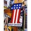 ハーレーダビッドソン ナンバー1ロゴのエンボス・ティンサイン(星条旗バージョン) アメリカ雑貨 アメリカン雑貨