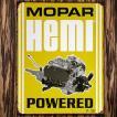 ブリキ看板 MOPAR モパー HEMI POWEREDエンジン イエロー