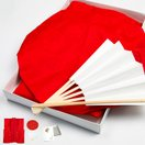 (赤単衣)還暦祝い 赤いちゃんちゃんこセット 鶴と亀甲柄 小綸子柄 (ちゃんちゃんこ/頭巾/扇子/化粧箱) 赤 還暦 敬老の日 男性 女性
