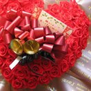 クリスマス プレゼント 花 プリザーブドフラワー 赤バラたっぷりの ハートのプリザーブドフラワー