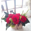 オーバルアラベスクGoldx5輪レッド ミニフラワーアレンジメント メッセージ誕生日記念日内祝い母の日父の日敬老成人式七五三発表会結婚式内祝引き出物