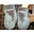 海外セレクション 手袋 ミトン ブローブグリーン シープスキン Fur MIttens