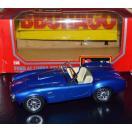 海外バイヤー厳選 オモチャ トイ ホビー こども Bburago 1965 Ford AC Cobra 427 #0513 1/24 DieCast Car ブルー, クリーム interior