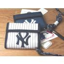 【送料無料】ニューヨークヤンキース NYヤンキース メンズ財布 メンズ財布二つ折り 皮財布 革財布 メンズ財布革 メンズ財布皮