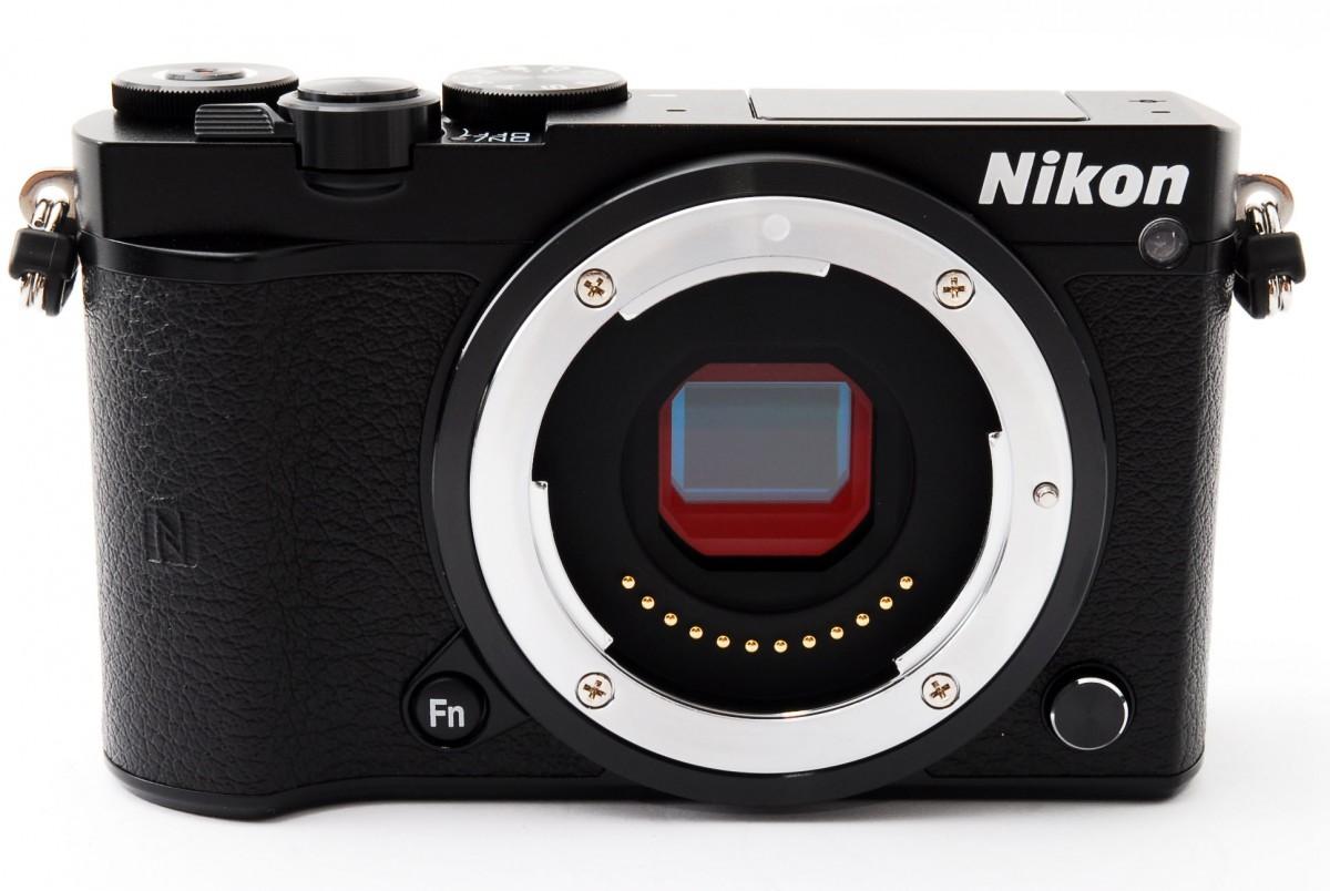 ニコン ニコンワン Nikon 1 J5 標準パワーズームレンズキット(ブラック)の商品画像|4