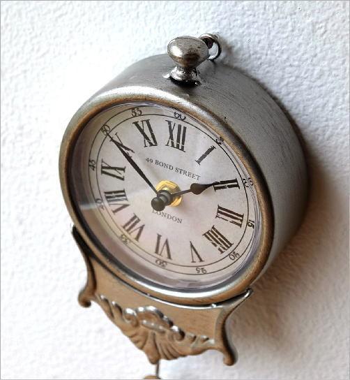 小さな掛け時計(2)