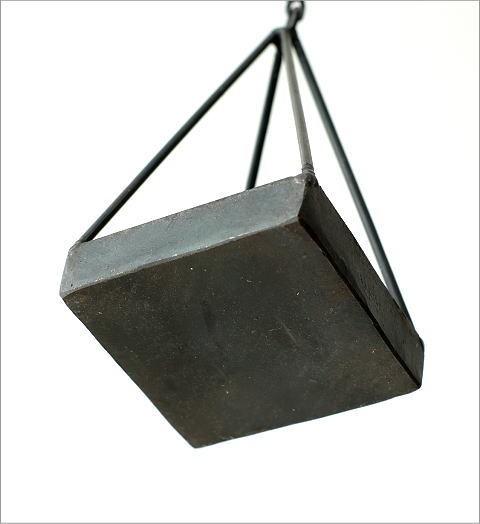 チェーン付アイアン三角プランター(3)