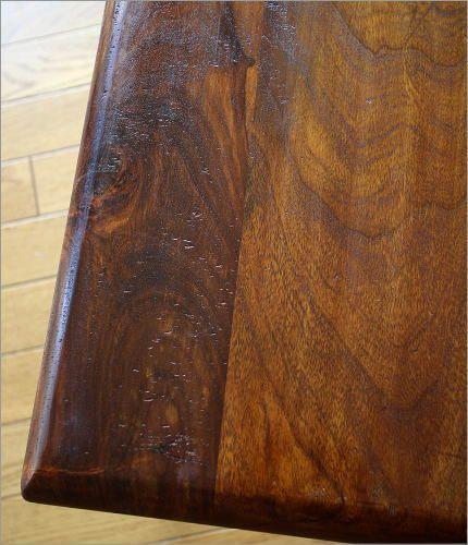 アイアンとシーシャムのネストテーブル M(2)