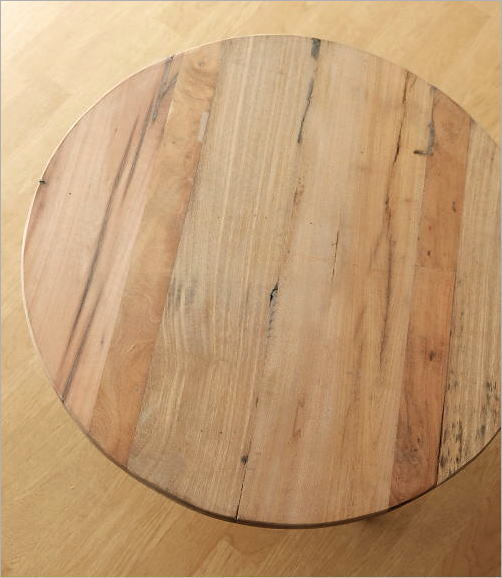 シャビーな寄木のラウンドテーブル(2)