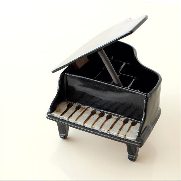 陶器のフラワーベース ピアノ(5)