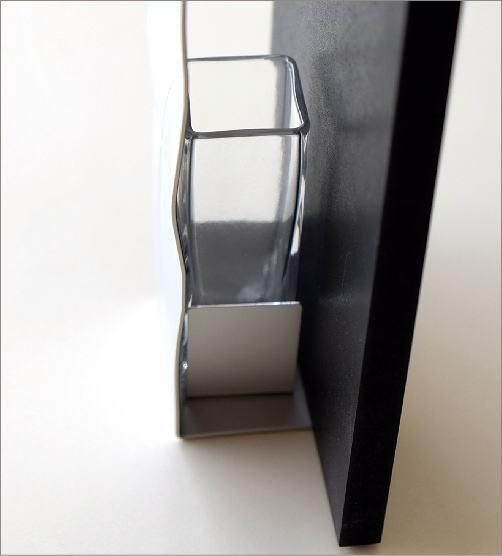 アルミとガラスのウッドフレームベース(3)