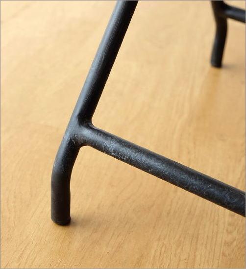 アイアンとウッドの折りたたみテーブル(4)