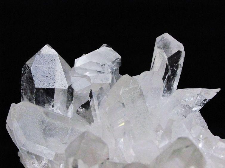 アーカンソー州産水晶クラスター T619-4175