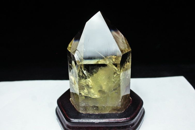 虹入りシトリン水晶ファントム六角柱 T719-2844