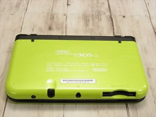 任天堂 Newニンテンドー3DS LL ライム×ブラックの商品画像|3