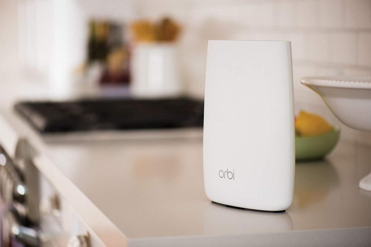 ネットギア トライバンド・ホームWi-Fi システム Orbi(オービ)RBK50-100JPSの商品画像 2