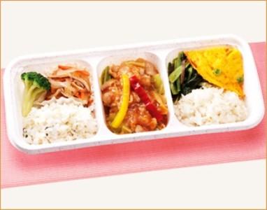 ウーディッシュ 彩り野菜の回鍋肉 (280kcal)