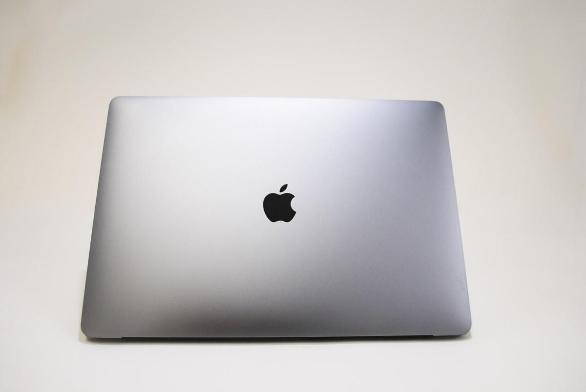 MacBook Pro スペースグレイ [MLH42J/A 2016モデル Touch Bar搭載]の商品画像|2