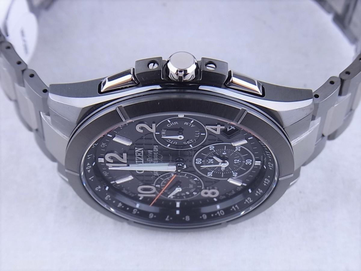 シチズン アテッサ エコ・ドライブGPS衛星電波時計 F900 ブラックチタンシリーズ CC9075-52Eの商品画像|4