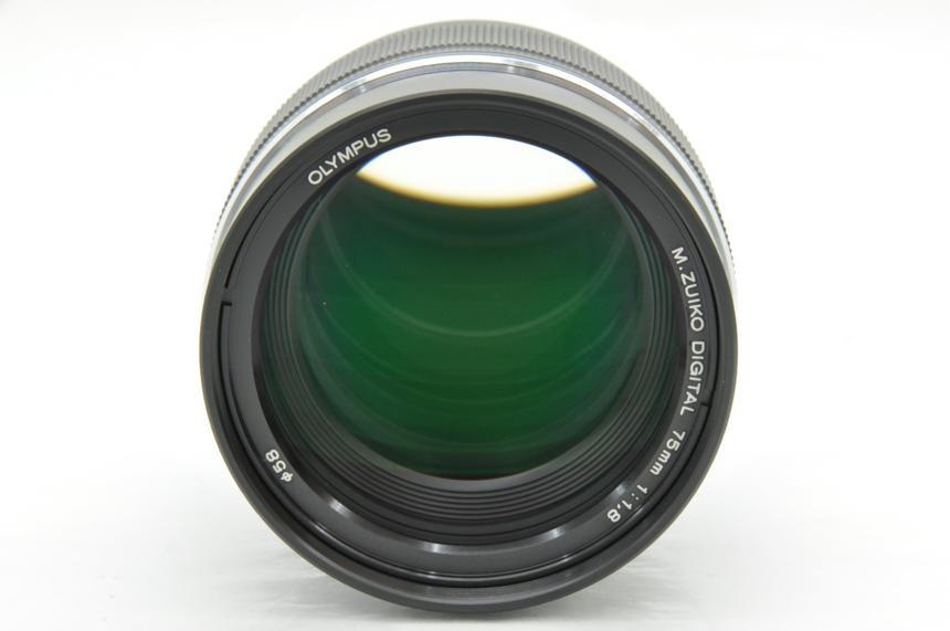 オリンパス Mズイコーデジタル M.ZUIKO DIGITAL ED 75mm F1.8(ブラック)の商品画像|3