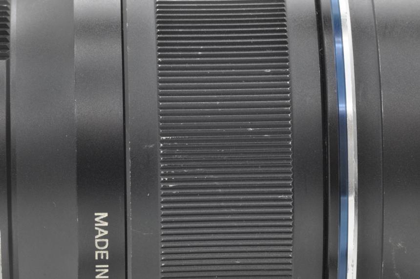 オリンパス Mズイコーデジタル M.ZUIKO DIGITAL ED 75mm F1.8(ブラック)の商品画像|4