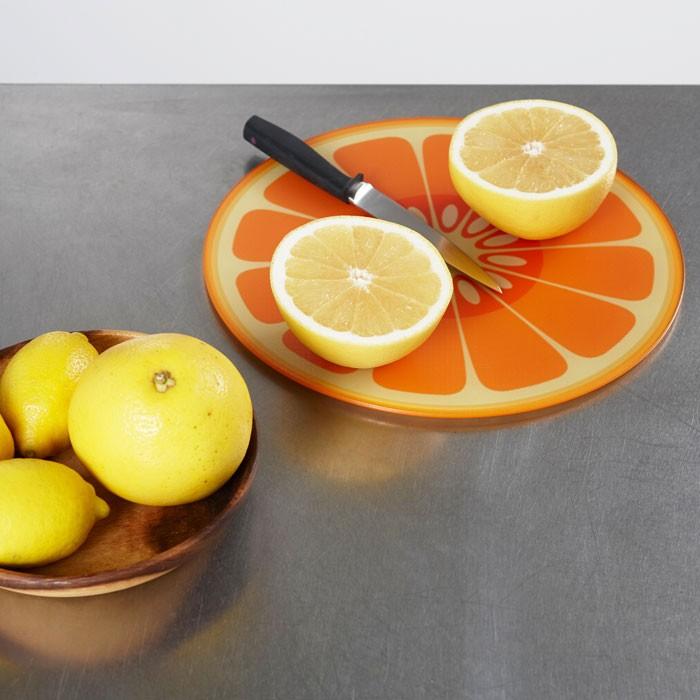ジョゼフジョゼフ 耐熱ガラスカッティングボード 丸型 オレンジ 003632の商品画像|4