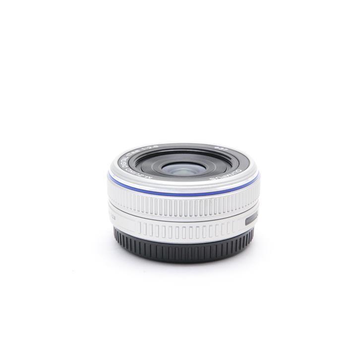 オリンパス Mズイコーデジタル M.ZUIKO DIGITAL 17mm F2.8(シルバー)の商品画像|2