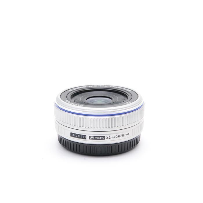 オリンパス Mズイコーデジタル M.ZUIKO DIGITAL 17mm F2.8(シルバー)の商品画像|3