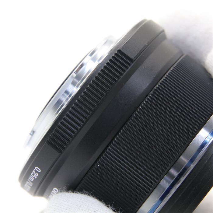 オリンパス Mズイコーデジタル M.ZUIKO DIGITAL 25mm F1.8(ブラック)の商品画像|4