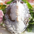Ciro Accanito作 サードニクスシェルカメオ/ルース 後世に残したい作品【花に囲まれた美しい女性】