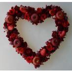 真っ赤なバラ リンゴ いちご プリザーブドフラワーとフェイクの果物のハートリース ギフト プレゼント 誕生日 結婚祝い ホワイトデー バレンタインデー