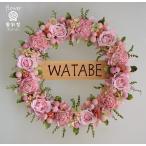 玄関ドアに表札リース、ピンクのバラを使って、お名前プレート付きのプリザーブドフラワーリース
