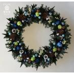 ショッピングクリスマスリース クリスマスリース、ブルー系の実やお花とヒイラギの葉、葉はプリザーブド加工