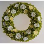白いバラとグリーンのアジサイのプリザーブドフラワーリース