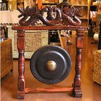 ショッピングアジアン アジアの楽器 ゴング 銅鑼 どら ドラ 中 H.73cm 打楽器 民族楽器 竜の彫刻 アジアン雑貨 バリ 雑貨 タイ雑貨