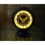 ショッピングエアフォース 《U.S.AIR FORCE》U.S.エアフォースのテーブルトップ ネオンクロック スタンドクロック 置時計 時計 ネオンライト ガレージ