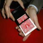 カードケースの完全消失 東京マジック マジック・手品・簡単・簡単な手品・テンヨー・トランプ・忘年会・手品グッズ・手品用品