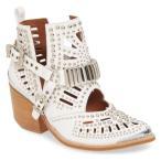 ジェフリー キャンベル ブーツ&レインブーツ シューズ レディース Jeffrey Campbell Wylie Studded Western Bootie (Women) White/ Silver Leather
