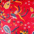 ショッピングプリント プリント バティック アジアン雑貨 インテリア 布 ベッドカバー に最適 インドネシア ジャワ 更紗 鳥と花と草木のモチーフ レッド
