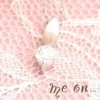 【me on...】華奢な葉にこぼれおちるダイヤモンドの雫◆プラチナ(PT)・リーフモチーフ・シンプルダイヤモンド・ネックレス