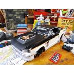 マイスト 1967年ハーレーフォード・マスタングGTのダイキャストモデルカー 1/24スケール(ホワイト×ブラック) アメリカ雑貨 アメリカン雑貨