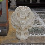 石像 ガルーダ 鳥の神様  石彫り 置物 50cm バリ島 パラス石 ストーンオブジェ バリ風 リゾート風 ガーデン