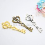 C&T ハートスリムKEY鍵のチャーム鍵パーツ【10個入り】アクセサリーパーツ材料ネックレス部品カギ素材ストラップ金属