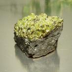 パワーストーン天然石 ペリドット(カンラン石)原石 太陽のパワーを宿した魔除けの石ペリドット