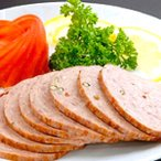 商品名:ボローニャソーセージスライス(自家製)  原材料名: 北海道産牛肉・食塩・砂糖・香辛料  内容量:100g  保存方法:-18...