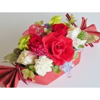 Yahoo!花雑貨 Hanakoプリザーブドフラワー ギフト アレンジ 華やか 赤 誕生日 退職 結婚 お祝い バースデー 贈答 ケースつき