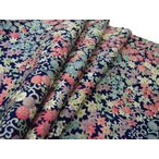 着物のはぎれ 正絹ちりめん 紺地菊紅葉友禅28-9 反物切り売り(50cm単位) 絹のハギレ