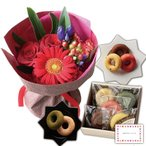 花とスイーツ ギフトセット かわいいレッド バラ ミックス花束 と フルーツチョコレートケーキ写真入り・名入れメッセージカード 送料無料 送料込 (SE)