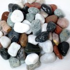 玉砂利庭ガーデニング砕石5色化粧玉石(30kg送料無料)