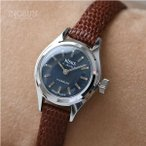 Antique Watches - ★Nisus 腕時計 スイス製 デッドストック 手巻式 アンティーク時計 シルバー/アイボリー(ベルト)【メール便不可】